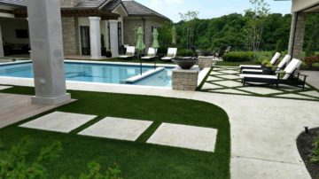 Synthetic-Turf-by-Pool-